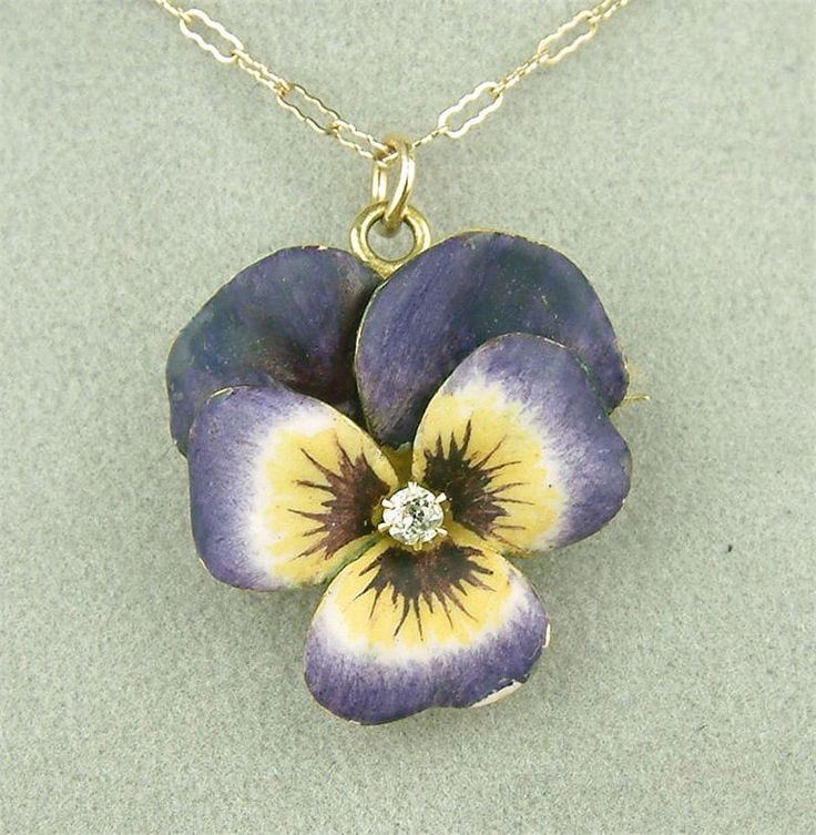 The Pearl, The Pine, and The PANSY: Pansies Pendants, Favorite Flowers, Enamels Pansies, Art Nouveau, Antiques Art, Flowers Necklaces, Pansies Necklaces, Diamonds Necklaces, Vintage Jewelry