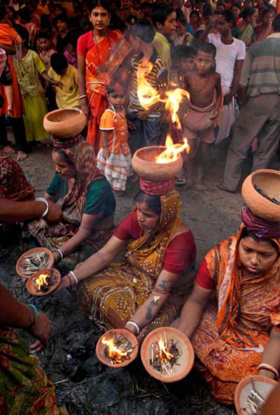 #performing rituals at Bibi-Mata Temple, Calcutta, India     -   vacationtravelogu... For Hotels-Flights Bookings Globally Save Up To 80% On Travel   - wp.me/p291tj-2m