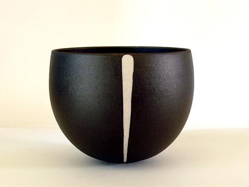 ♀ Art ceramic black and white Christina Guwang