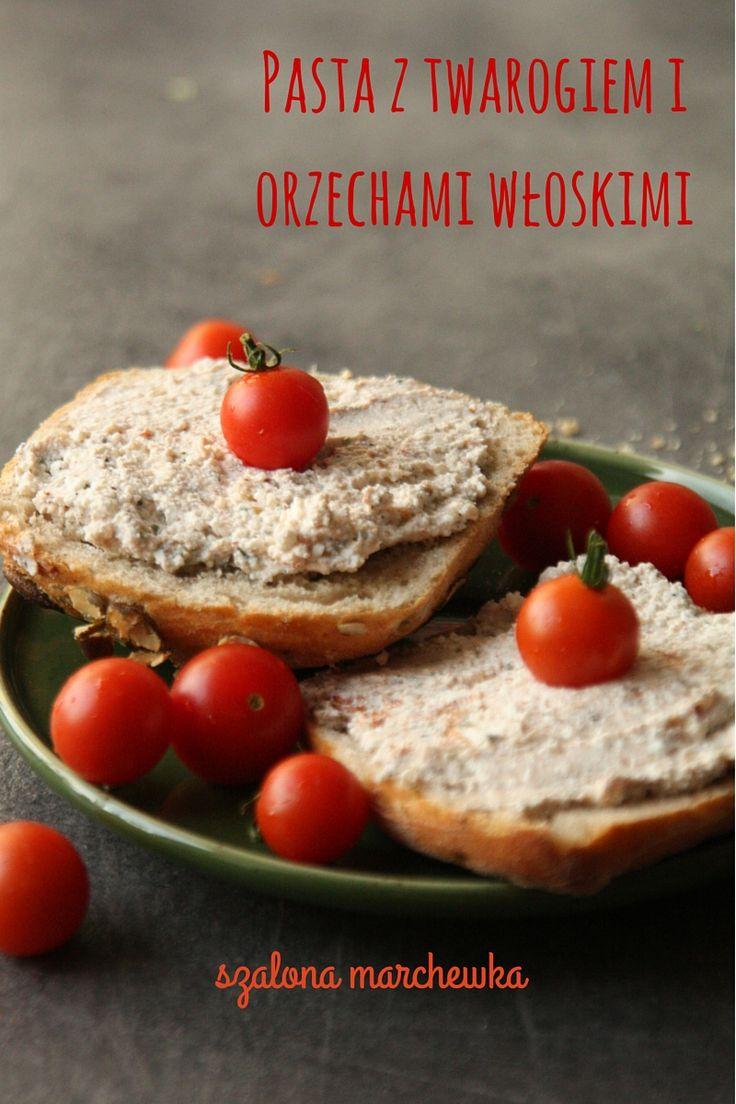 szalona marchewka: Pasta z twarogiem i orzechami włoskimi