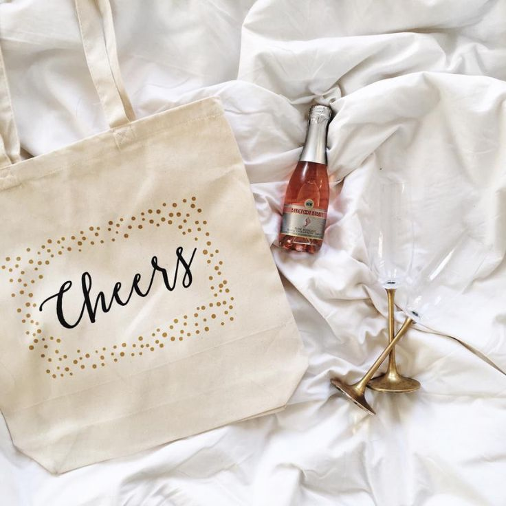 Welcome your guests to the wedding with a Cheers canvas welcome bag