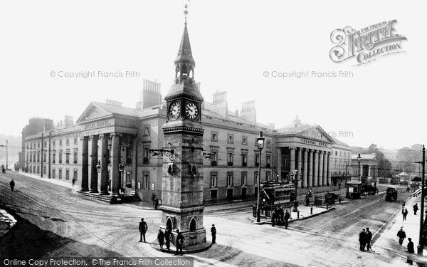Plymouth, Theatre Royal and Derry's Clock 1907