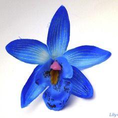Fleur artificielle orchidée fine pétale dégradé bleu 7,5cm pour barrette cheveux  x1