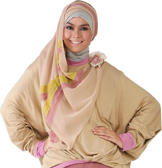 Pashmina Ceruty Stripes - Descriptions : Bahan chiffon ceruty. Size 70x200cm. Dzakirah boutique - $9.50