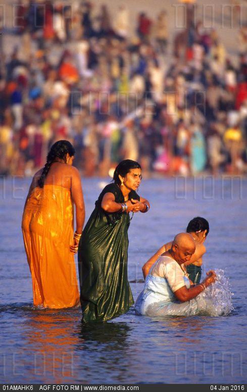 38 best images about Kumbh Mela on Pinterest   Bathing ...