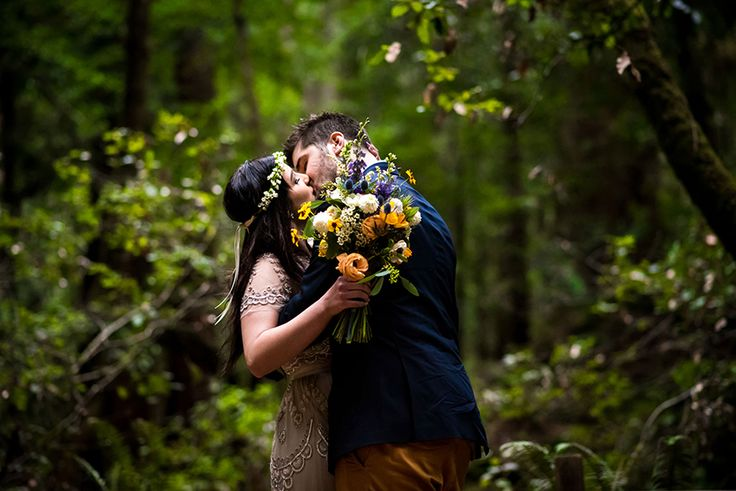 Looking for the vintage unconventional Bohemian vibe? Photo CHRISMAN Studios