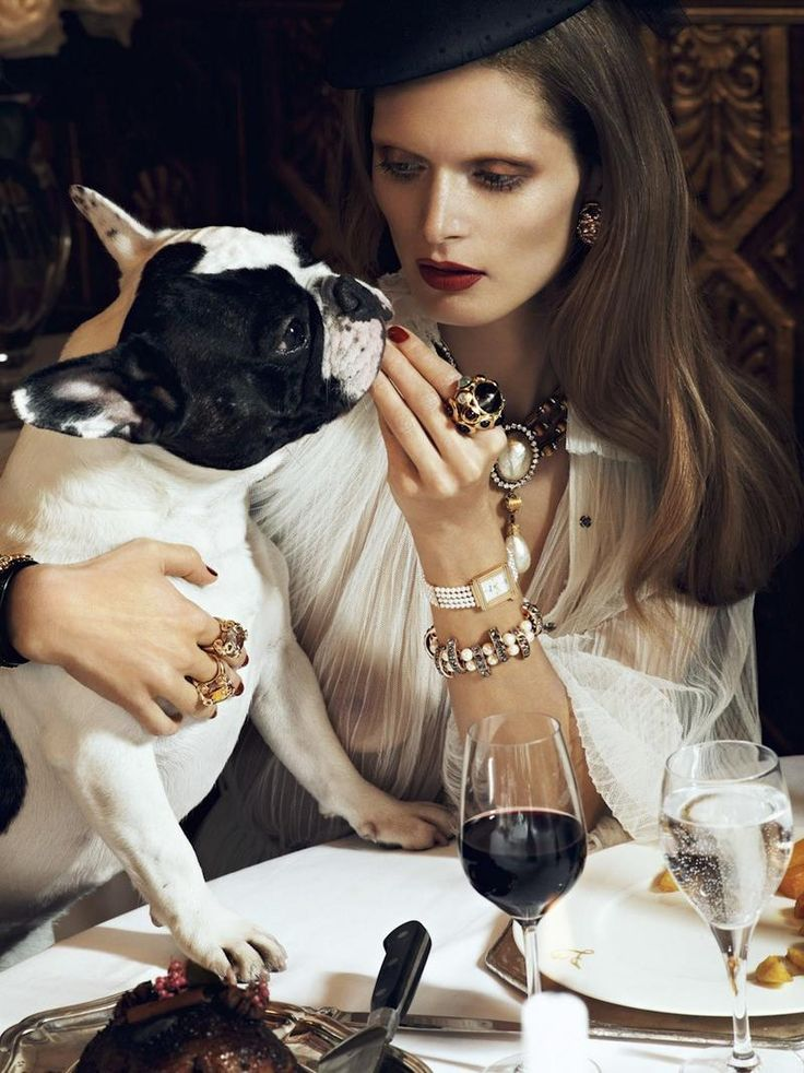 Vogue Paris - Chic Ultime  Dogs always add to the time a viewer is engaged to a photograph.