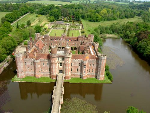 [Herstmonceux Castle] Located on the beautiful ground near Herstmonceux, East Sussex, England, this brick-made structure was said to be built during the Tudor era, around the 16th century. This is one of the last remaining brick building still standing today in England. Now, this ancient royal edifice is used by the Bader International Study Center of the Queen's University.