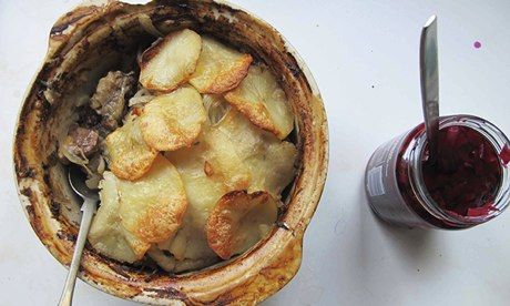 How to cook the perfect Lancashire hotpot (Serves 4) 4–6 best-end or middle-neck lamb or mutton cutlets 400g diced lamb or mutton neck fillet or shoulder Flour, sugar, salt and pepper, to dust 3 largeish floury potatoes, such as maris piper 2 sprigs of thyme, leaves picked 1 bay leaf 2 onions, sliced 500ml lamb stock 20g butter, melted, plus extra to grease