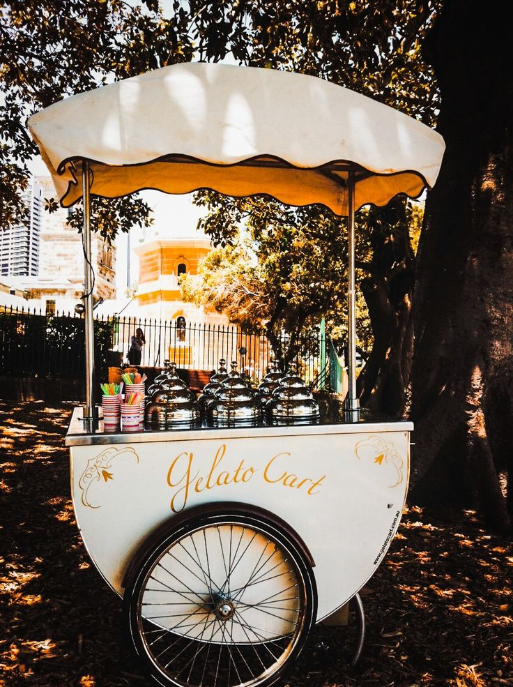 Traditional Italian ice cream cart
