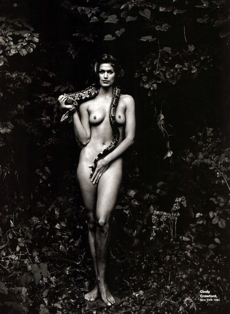 Cindy Crawford photographed as Eve by Annie Leibovitz for Vanity Fair in 1994