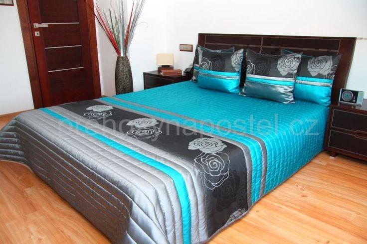 Tyrkysově šedé luxusní přehozy přes postel