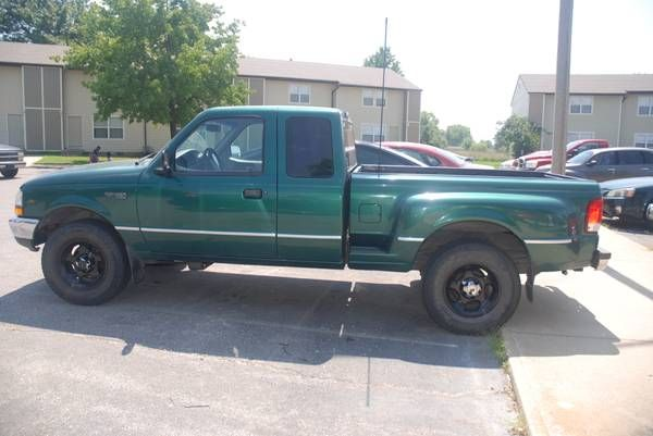 Make:  Ford Model:  Ranger Year:  2000 Exterior Color: Green Interior Color: Gray Vehicle Condition: Good  Price: $6,200 Mileage:160,000 mi Fuel: Gasoline  For More Info Visit: http://UnitedCarExchange.com/a1/2000-Ford-Ranger-973061029263
