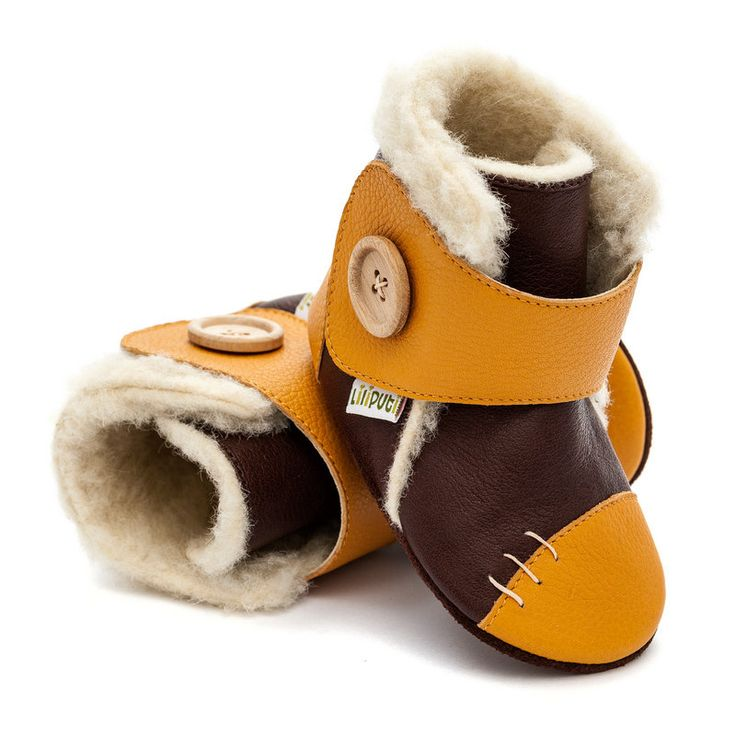 http://www.liliputibabycarriers.com/soft-leather-baby-boots/soft-soled-booties-snowflake-mustard