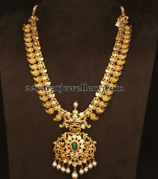 Jewellery Designs: Traditional Mango Set with Uncuts