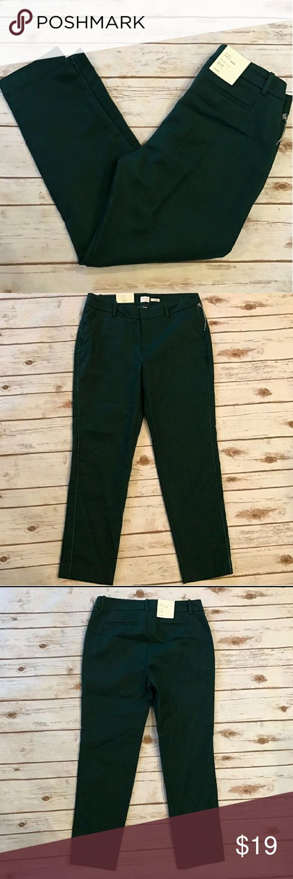 Hunter Green Skinny Capris NWT NWT Target Brand A New Day Skinny Capri's Size 10. Great addition to a professional wardrobe when paires with a button down blazer and heels or casual as shown in picture with flats. Pants