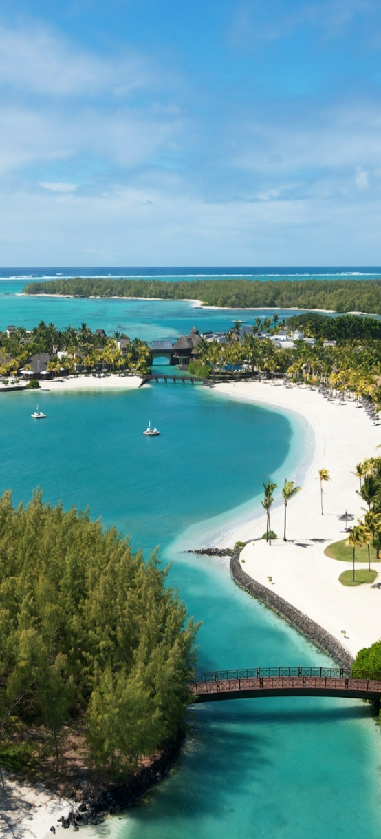 5* luxury hotel in Mauritius, Le Touessrok. Private island hideway exclusive to resort guests.