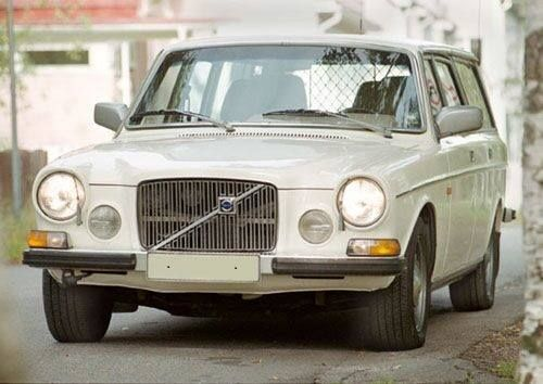 Volvo 165, backyard custom? Volvo never manufactured this model...