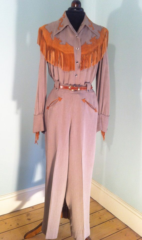Original 1950s vintage brown Rayon Gabardine western suit with suede fringes - Hillbilly Westerns label, vintage western wear