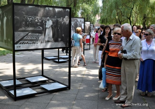 """On July 2, 1947, the Polish Sejm adopted a law on the establishment of the Auschwitz Museum and Memorial Site on the grounds of the former German Nazi concentration and extermination camp. While celebrating the 65th anniversary a new exhibition """"Auschwitz. Memory. World,"""" was opened."""