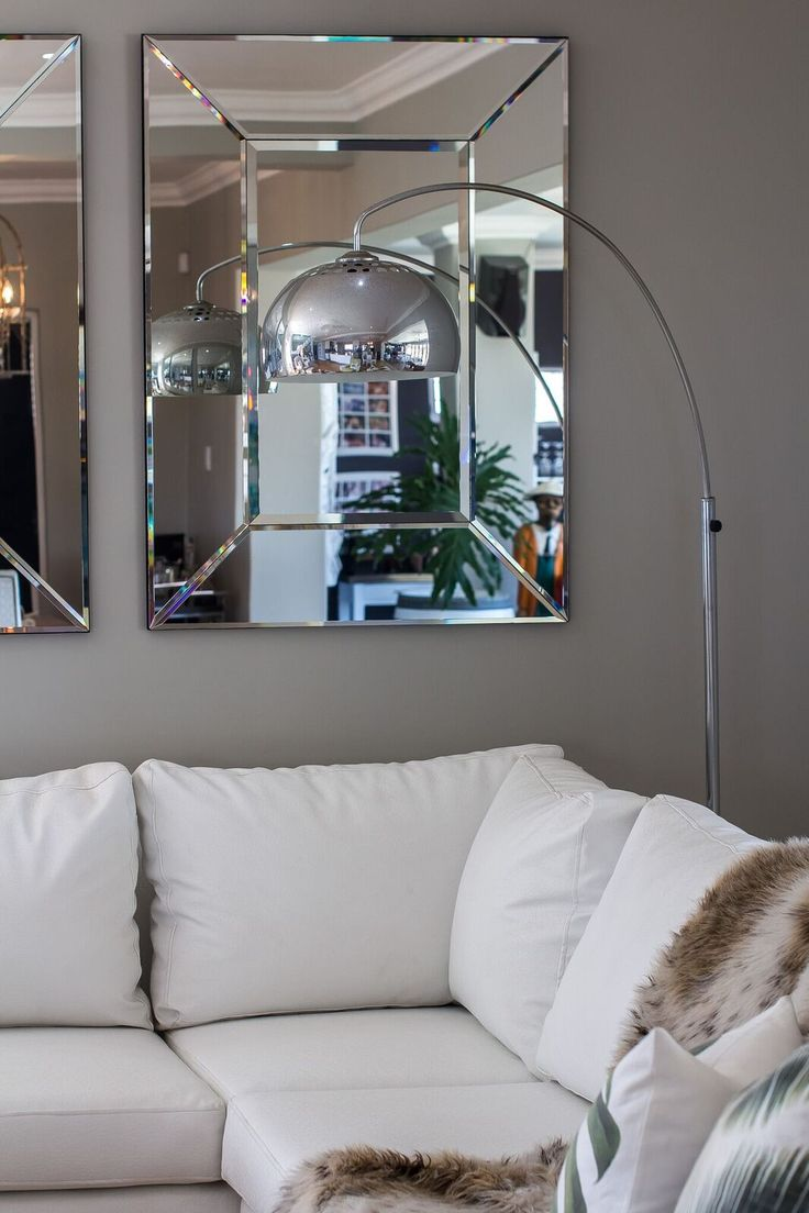 Curl up with your favourite book with this trendy aluminum floor lamp in the lounge area.