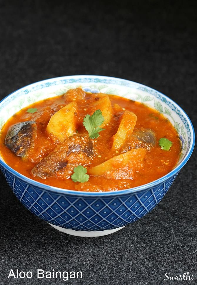 Aloo baingan masala – Simple potato brinjal gravy made in North Indian style to serve with plain paratha, roti or plain rice. Young brinjals and potaotes are simmered in onion tomato gravy which forms the base of this curry. Ingredients like yogurt or cashews are not used to make this simple dish. I have made …