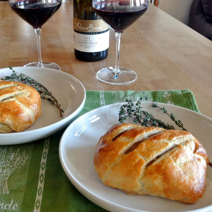 Gourmet Cooking For Two: Beef Wellington cute for Valentine's Day!!