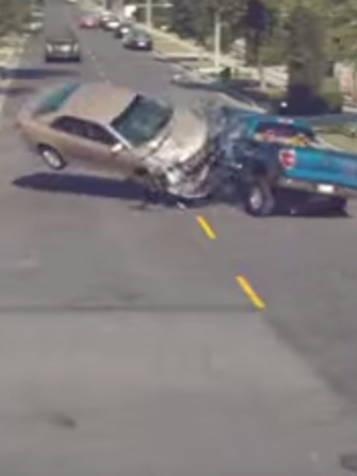 This Campaign Against Distracted Driving Will Break Your Heart #DistractedDriving #ItCanWait
