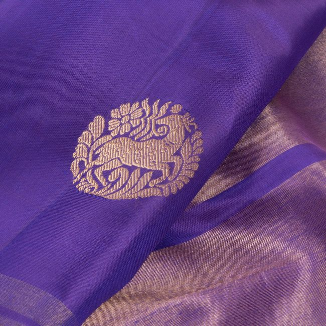 Handwoven Violet Kanchipuram Silk Saree WIth Deer Motifs by Ghanshyam Sarode 10011296 - Closeup - AVISHYA.COM
