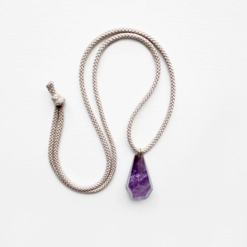 Amethyst and Rope Pendant: Color