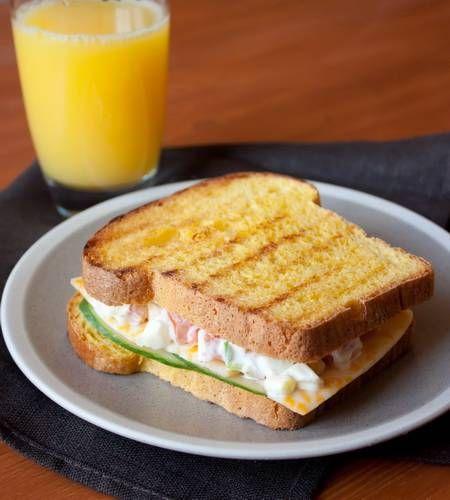 Сандвич с яичным салатом