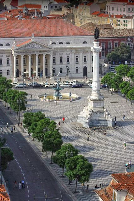 Queen Maria II Theater in Square D. Pedro IV, Rossio - Lisboa downtown #Portugal