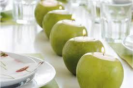 Risultati immagini per composizioni fiori e mele verdi