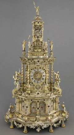 Augsburg Prunkuhr. c. 1690 Remarkable clock decorated with Silver filigree made for Landgrave Charles of Hesse-Kassel - compare detail with that on Pfaff Clock in the Green Room, Dresden - Museum Hessen Kassel