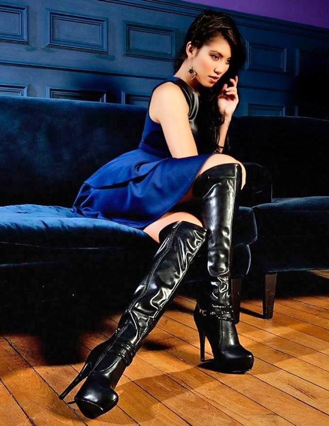 Sexy Boots Facebook