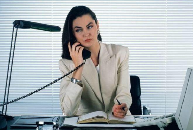 Те женщины, которые не любят сидеть на месте, и сами горят желанием зарабатывать деньги, будут стремиться только к вершинам. Это тип раскованных, амбициозных, строгих woman. У них дисциплинирован характер и ясная голова. В основном это начальницы, которые никогда не дадут спуску подчиненным. Под их строгим руководством будут все. Чтобы не проскакивал ни малейший беспредел. Готовность к работе и тяжелым нагрузкам должна быть на первом плане. Иначе пустых людей в складе состава сотрудников…