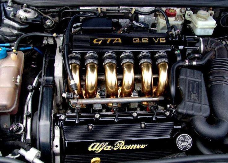 "Alfa romeo ""sex"" engine bay"