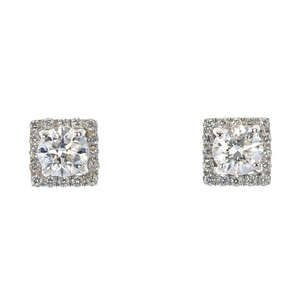 LOT:229   A pair of 18ct gold diamond cluster ear studs.