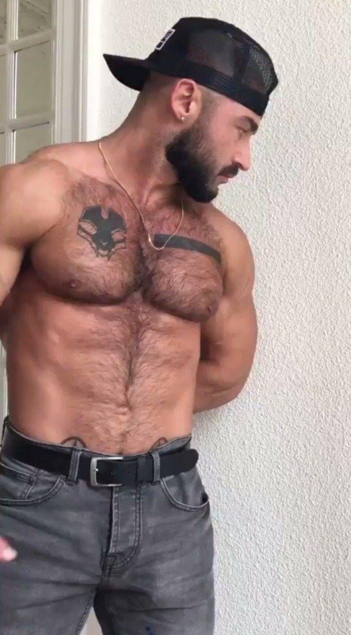 Gay medvede majúce sex
