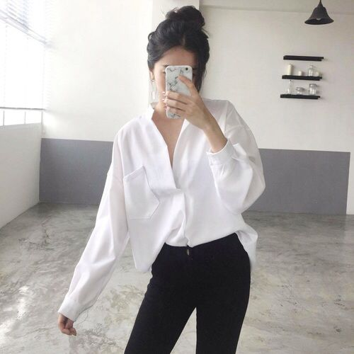 weheartit.com/… (Loose Top Knot)