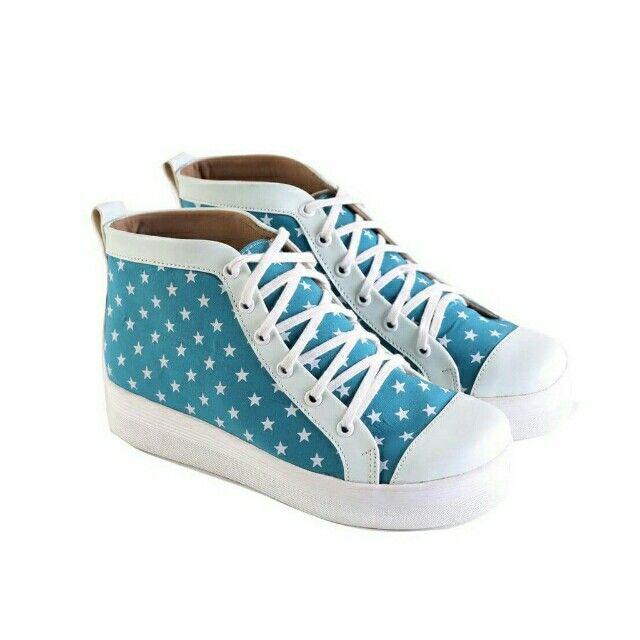 Temukan Garsel Sepatu Casual Wanita - L 580 seharga Rp 186.000. Dapatkan sekarang juga di Shopee! http://shopee.co.id/jimbluk/104159296