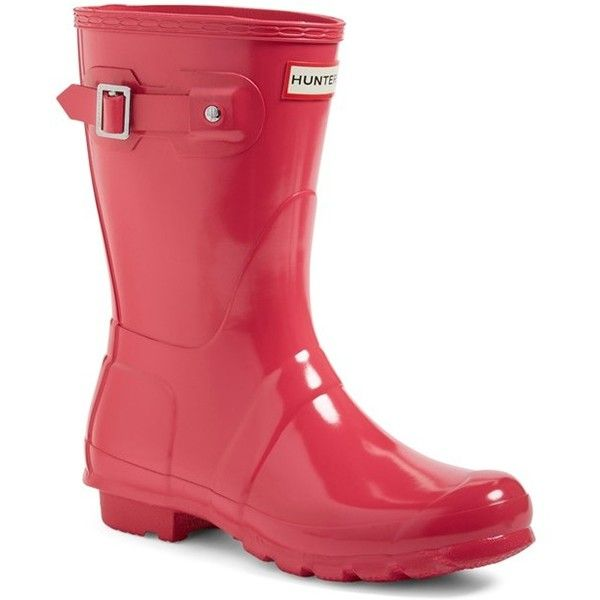 Women's Hunter 'Original Short' Gloss Rain Boot (€130) ❤ liked on Polyvore featuring shoes, boots, bright pink, short boots, short welly boots, shining boots, polish shoes and short wellington boots