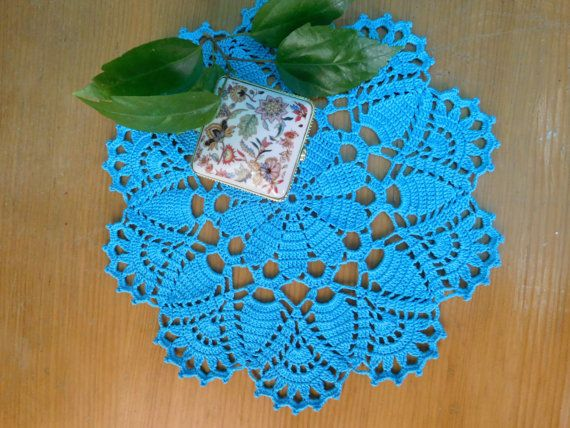 Round turquoise crochet doily 27cm or 10.63 by ThreadloveByEdith