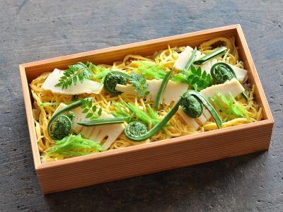たけのこと春野菜のちらし寿司