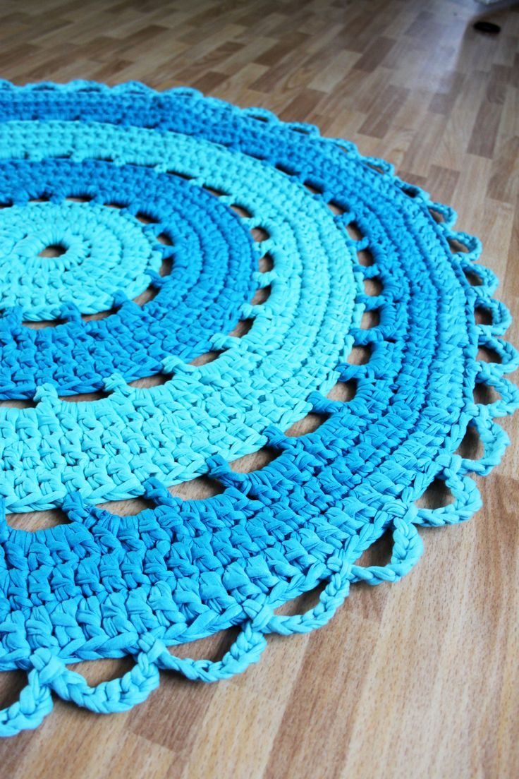 Crochet a rug crocheted yarn! | Crafts Dreams