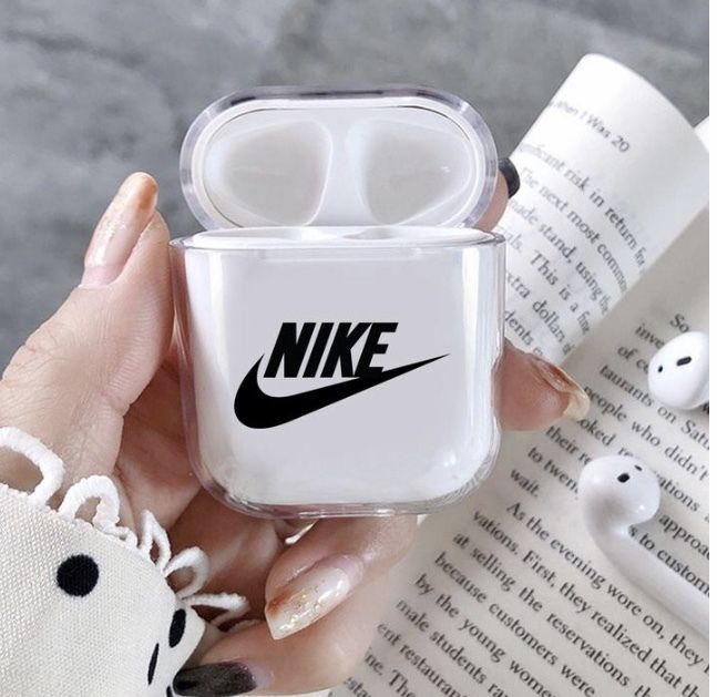 x Nike Stitched Logo AirPods Case