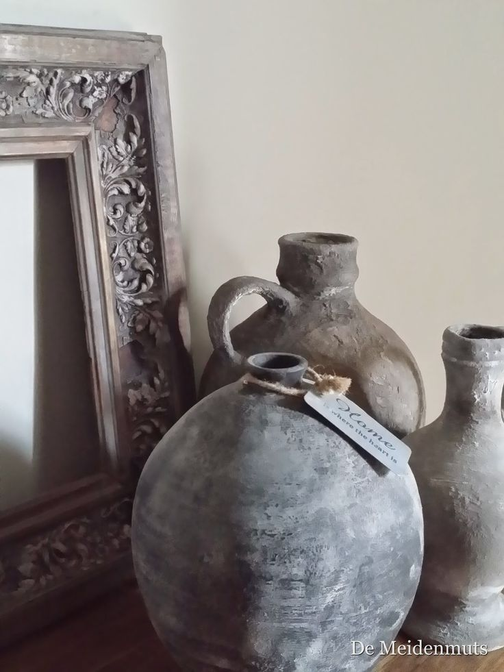 Interieur trend: Vergrijzen met muurvuller en deco verf. Maar het moet niet nep worden. ♡ ~Rustic Living by GJ ~   Kijk ook eens op mijn blog http://rusticlivingbygj.blogspot.nl/Hier vind je leuke decoratie ideeën voor het wonen in een landelijke sfeer.