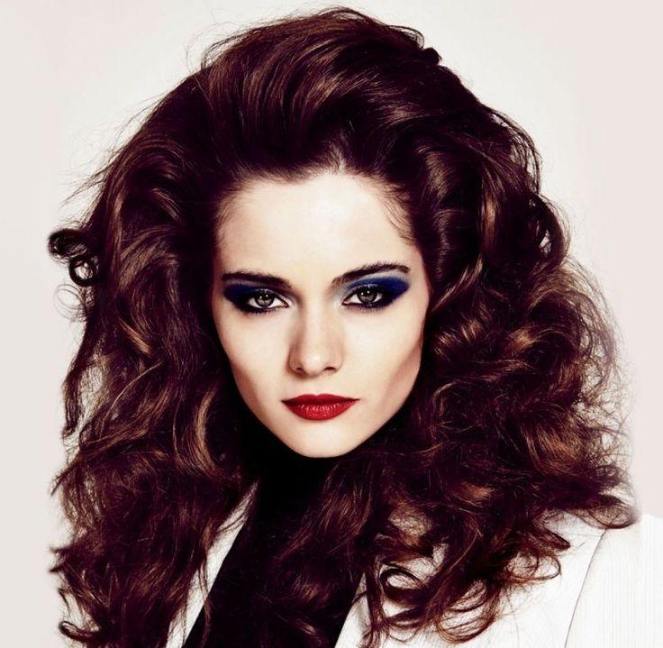 Les 25 meilleures id es concernant coiffures des ann es 80 sur pinterest costume de f te des - Coiffure annee 80 ...