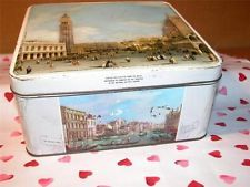 VINTAGE RETRO HUNTLEY U0026 PALMERS BISCUIT STORAGE TIN VENICE KITCHENALIA K7040