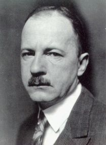 Ewald von Kleist-Schmenzin (22 March 1890 – 9 April 1945) was a lawyer, a conservative politician, long time opponent of Nazism and a member of the July 20 Plot to assassinate Hitler, for which he was executed.  Conspired with Admiral Canaris and Colonel-General Ludwig Beck to capture and eliminate Hitler and the entire Nazi party before the invasion of Czechoslovakia. Via GB intelligence contacts, Kleist-Schmenzin tried to usher stronger British opposition to Hitler circa 38
